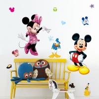 Nálepka na stenu- Mickey a Minnie